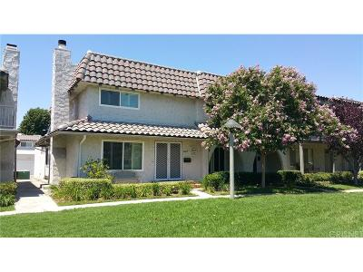 Newhall Condo/Townhouse For Sale: 24271 La Glorita