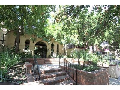 Burbank Condo/Townhouse For Sale: 1711 Grismer Avenue #82
