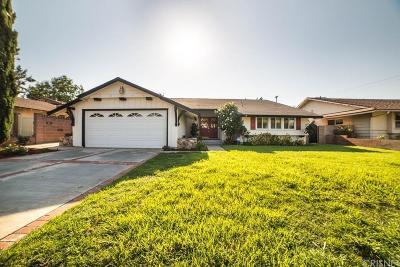 Northridge Single Family Home For Sale: 9749 Swinton Avenue