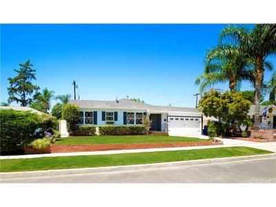 Northridge Single Family Home For Sale: 8847 Chimineas Avenue
