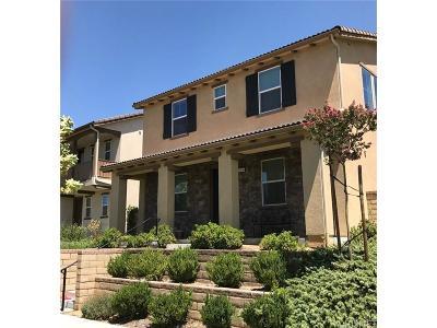 Valencia Single Family Home For Sale: 28546 Vista Del Rio Drive