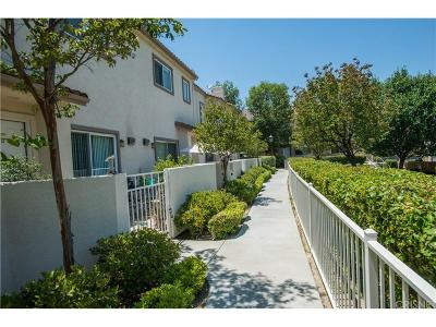 Stevenson Ranch Condo/Townhouse For Sale: 25710 Holiday Circle #C