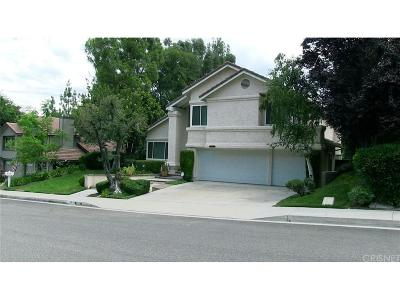 Newhall Single Family Home For Sale: 24240 Creekside Drive