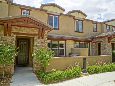 Valencia Condo/Townhouse For Sale: 28647 Pietro Drive