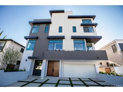 Toluca Lake Single Family Home For Sale: 4945 N Cahuenga Boulevard