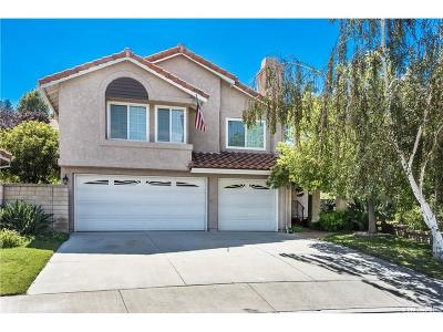 Newhall Single Family Home For Sale: 24211 Bella Court