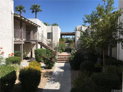 Palm Springs Condo/Townhouse For Sale: 1150 East Palm Canyon Drive East #25
