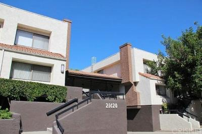 Woodland Hills Condo/Townhouse For Sale: 21620 Burbank Boulevard #11