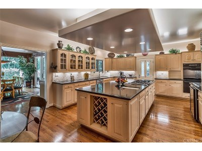 Toluca Lake Single Family Home For Sale: 10333 Woodbridge Street