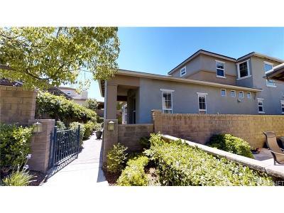Valencia Single Family Home For Sale: 23810 Tamarac Court