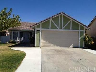 Palmdale Single Family Home For Sale: 36856 Goldenview Way