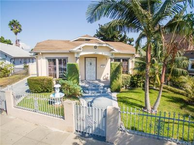 Los Angeles Single Family Home For Sale: 2634 Vineyard Avenue