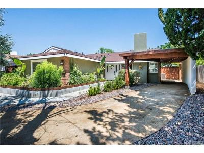 Chatsworth Single Family Home For Sale: 9436 Glade Avenue