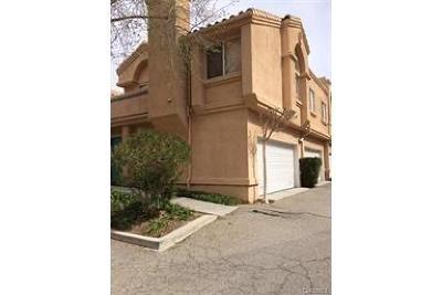 Los Angeles County Condo/Townhouse For Sale: 18840 Vista Del Canon #H