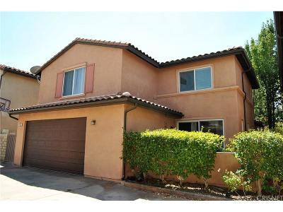Saugus Single Family Home For Sale: 21145 Avenida De Sonrisa