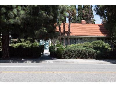 Northridge Single Family Home For Sale: 17415 Devonshire Street