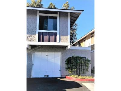 Moorpark Condo/Townhouse For Sale: 526 Spring Road #108