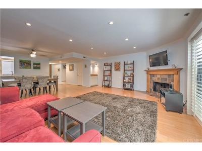 Sherman Oaks Condo/Townhouse For Sale: 4455 Fulton Avenue #2