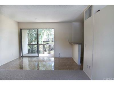 Valencia Condo/Townhouse For Sale: 23515 Lyons Avenue #S13