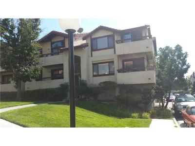 Canyon Country Condo/Townhouse For Sale: 18169 Sundowner Way #902
