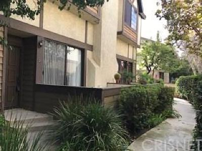 Chatsworth Condo/Townhouse For Sale: 21137 Lassen Street #2