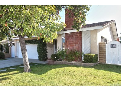 Valencia Single Family Home For Sale: 25824 Parada Drive