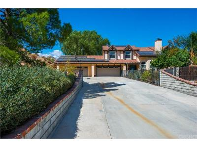 Canyon Country Single Family Home For Sale: 15255 Oleander Court