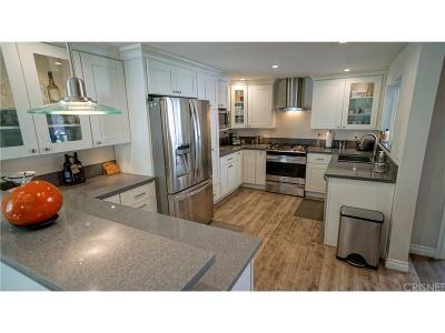 Los Angeles County Single Family Home For Sale: 24385 La Glorita Circle