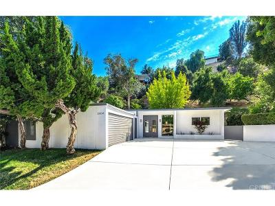 Encino Single Family Home For Sale: 15534 High Knoll Road
