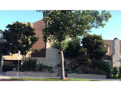 Burbank Condo/Townhouse For Sale: 4128 West Hood Avenue #D