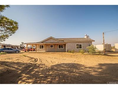 Lancaster Single Family Home For Sale: 16606 East Avenue J