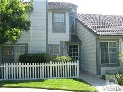 Simi Valley Condo/Townhouse For Sale: 390 Jeremiah Drive #B