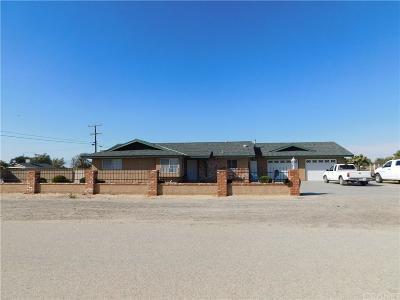 Lancaster Single Family Home For Sale: 2351 West Avenue L4