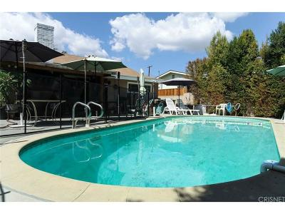 Northridge Single Family Home For Sale: 8432 Wystone Avenue