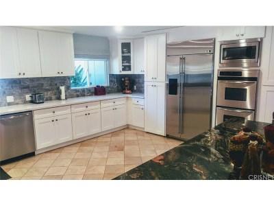 Woodland Hills Single Family Home For Sale: 4540 Del Moreno Drive