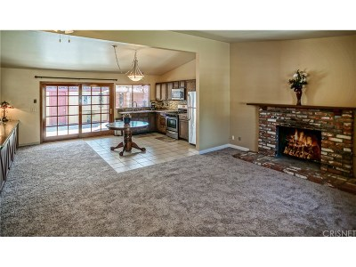 Moorpark Single Family Home For Sale: 14606 Stanford Street