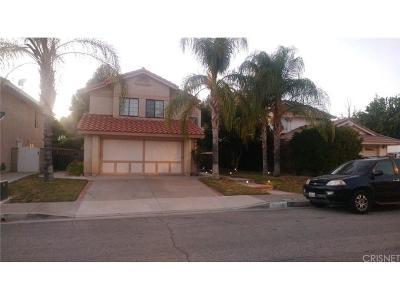 Saugus Single Family Home For Sale: 28059 Devon Lane