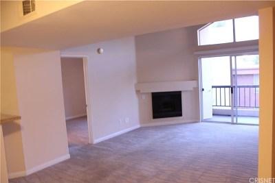 Woodland Hills Rental For Rent: 5540 Owensmouth Avenue #301