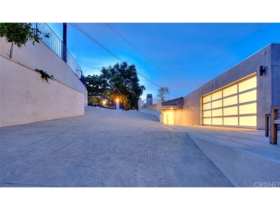 Los Angeles County Single Family Home For Sale: 3548 Multiview Dr.