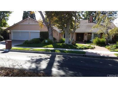 Northridge Single Family Home For Sale: 9821 Amestoy Avenue