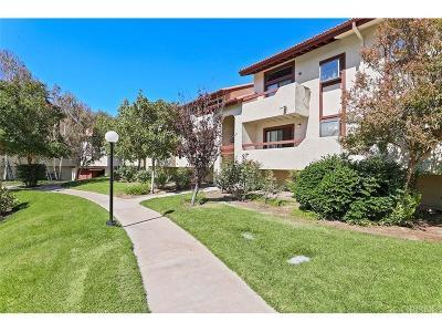 Canyon Country Condo/Townhouse For Sale: 28021 Sarabande Lane #1204