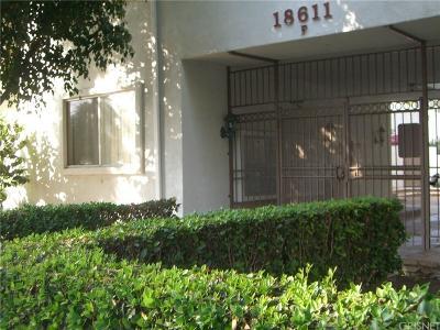 Tarzana Condo/Townhouse For Sale: 18611 Collins Street #E18