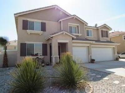 Palmdale Single Family Home For Sale: 2336 Camellia Street