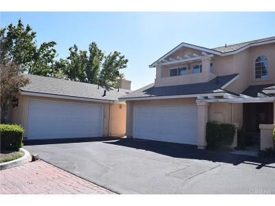 Saugus Condo/Townhouse For Sale: 22906 Banyan Place #189