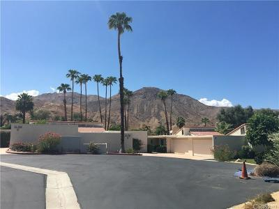 Palm Desert Condo/Townhouse For Sale: 72720 Cactus Court #D