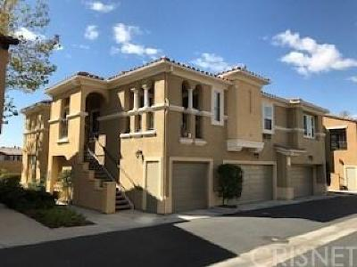 Canyon Country Condo/Townhouse For Sale: 17973 Lost Canyon Road #87