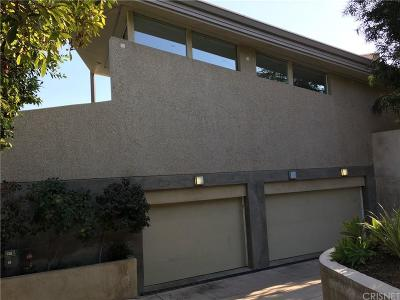 Sunset Strip - Hollywood Hills West (C03) Single Family Home For Sale: 7571 Mulholland Drive
