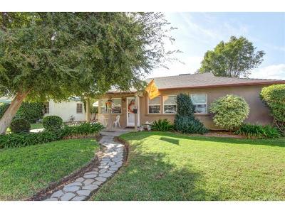 Northridge Single Family Home For Sale: 17556 Lanark Street