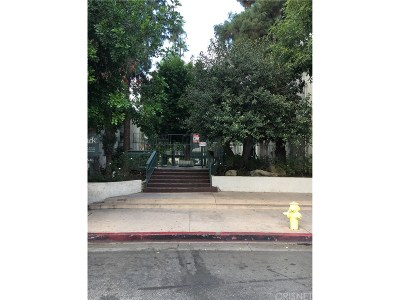 Canoga Park Condo/Townhouse For Sale: 8601 International Avenue #125