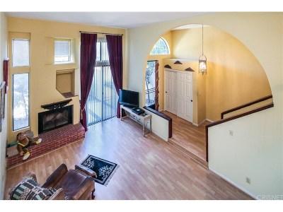 Tarzana Condo/Townhouse For Sale: 18701 Hatteras Street #6